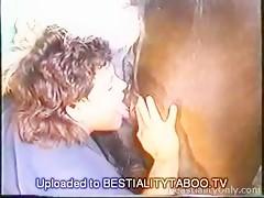 Pelirroja amante de los caballos