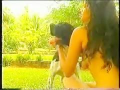 Carolina haciendo sexo con un caballo